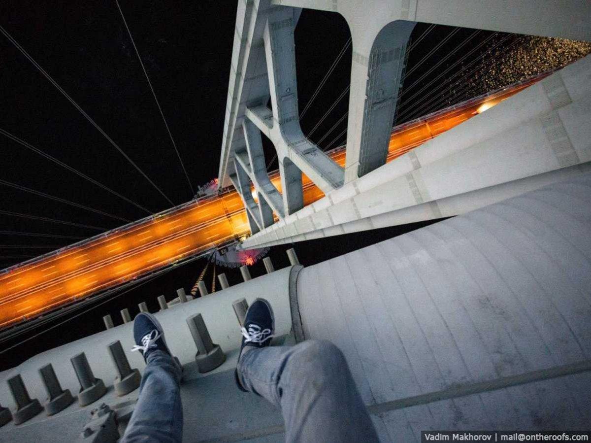 19-fotos-ilegales-y-espectaculares-de-los-monumentos-turisticos-mas-importantes-de-mundo-puente-Akashi-Kaikyō-en-osaka-japon
