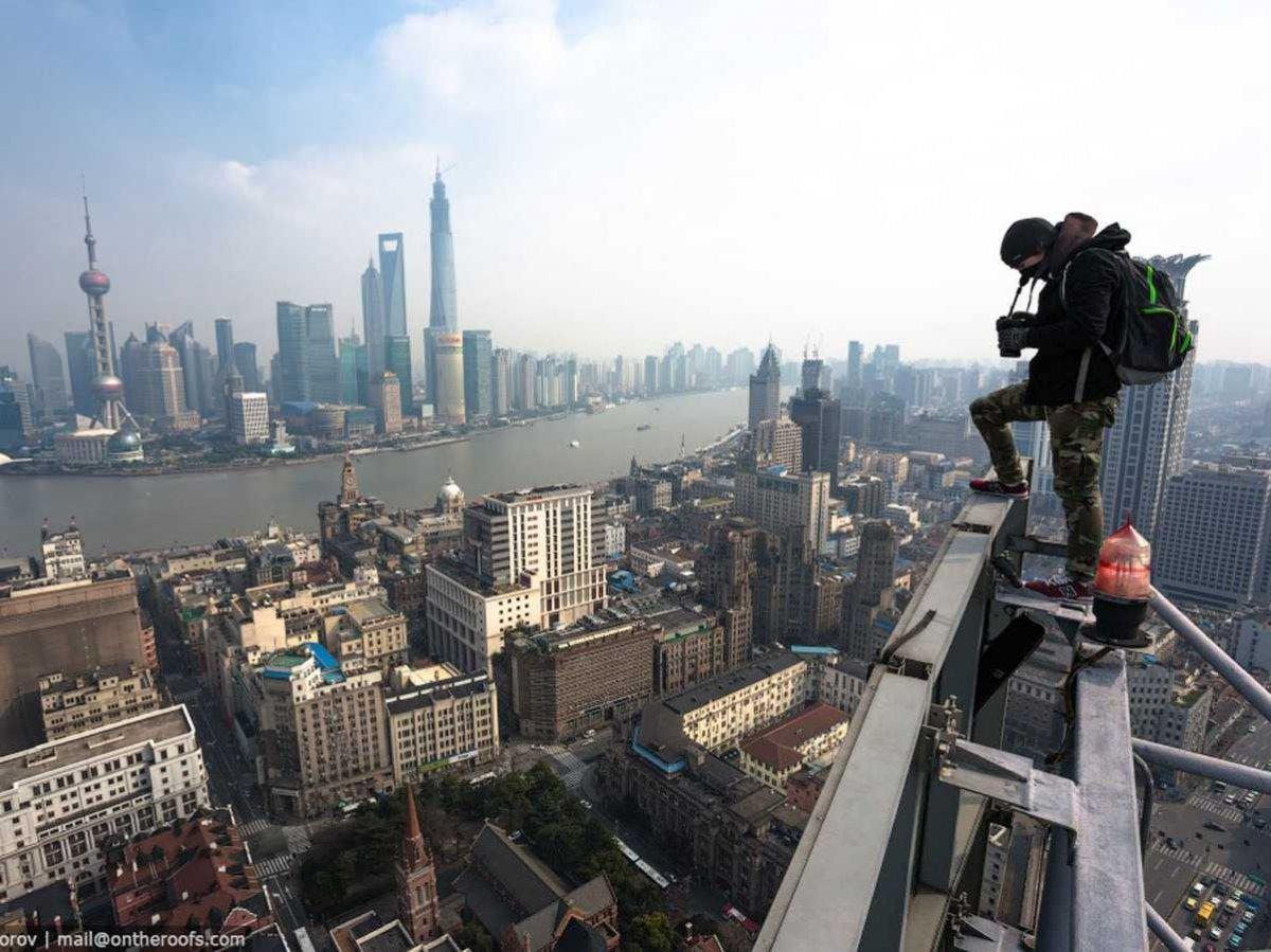 19-fotos-ilegales-y-espectaculares-de-los-monumentos-turisticos-mas-importantes-de-mundo-rascacielos-de-shangai