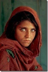 afghan_woman_with_green_eyes