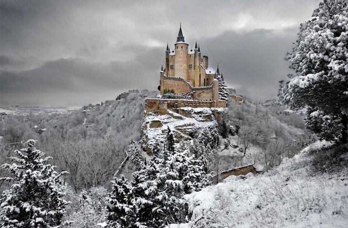 castillo-alcazar-segovia