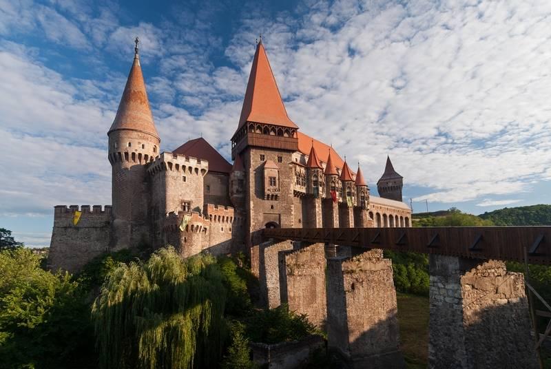 castillo corvin rumania