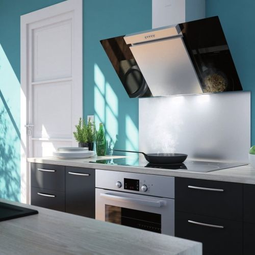 Cocina pequeña en celeste, blanco y oscuros