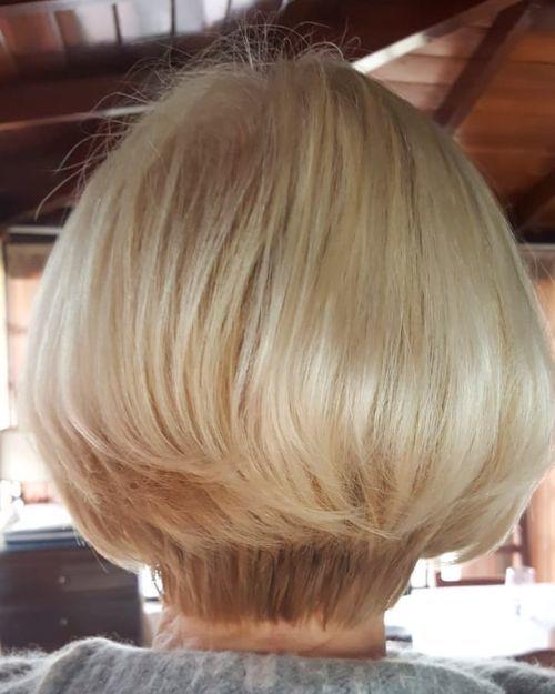 Corte de pelo corto a dos alturas