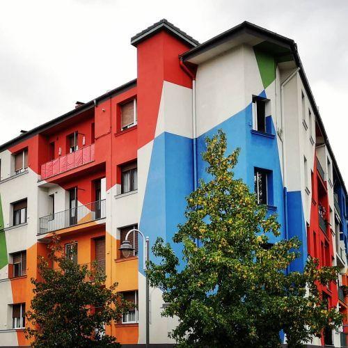 Fachada multicolor