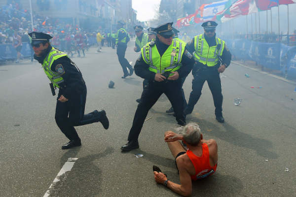 las-10-fotos-mas-impactantes-del-2013-atentado-maraton-boston