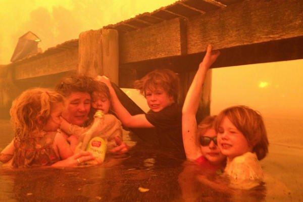 las-10-fotos-mas-impactantes-del-2013-incendio-forestal-tasmania