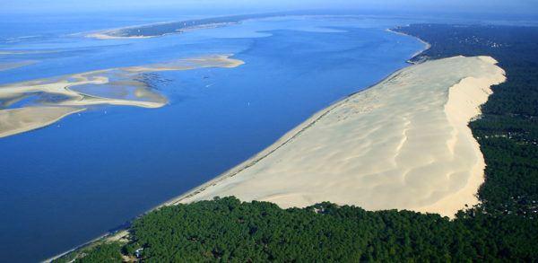 las-fotos-de-los-10-de-lugares-de-la-tierra-que-parecen-de-otro-planeta-Dune du Pyla en Francia