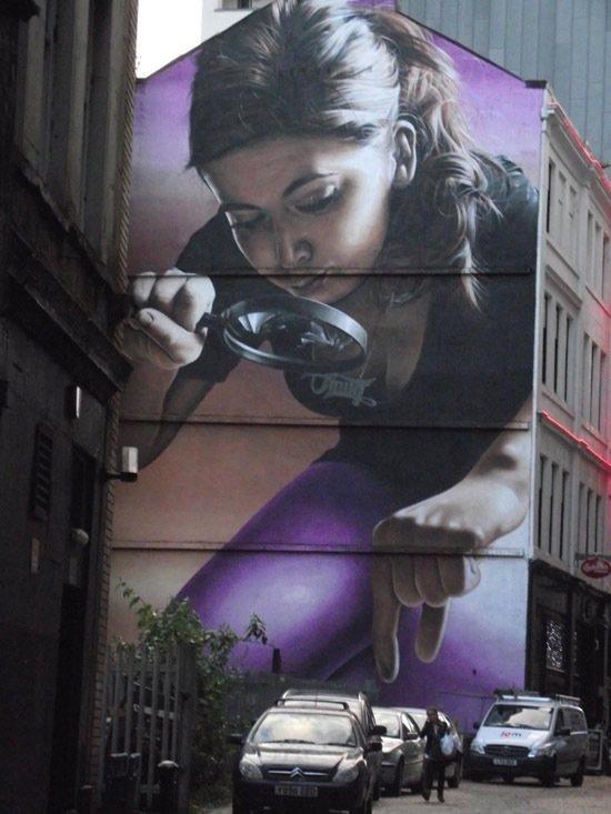 las-mejores-fotografias-de-arte-callejero-o-urbano-pintura-gigante