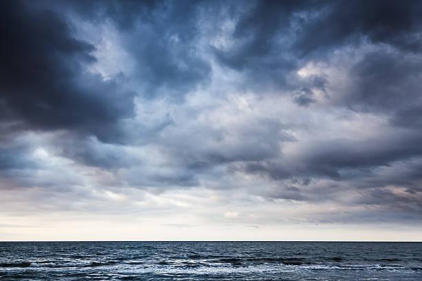 Las mejores fotos de paisajes NUBES foto nubes mar