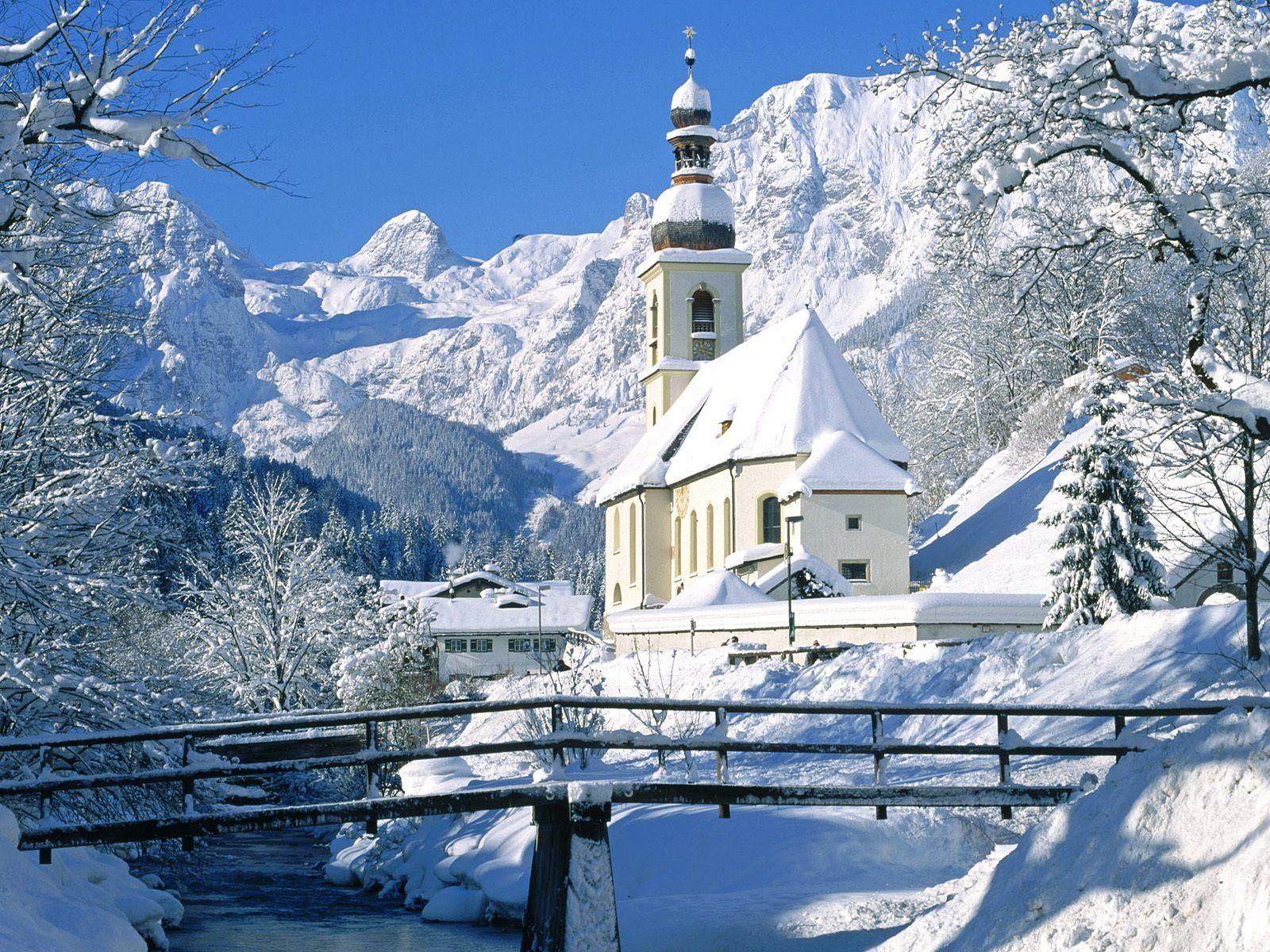 las-mejores-fotos-de-paisajes-nevados-iglesia-de-pueblo
