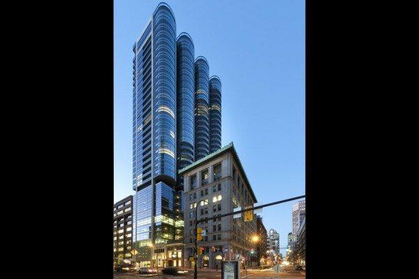 las-mejores-fotos-de-rascacielos-Jameson-House-Vancouver-Canadá