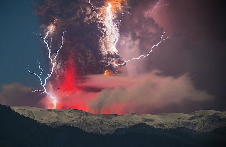 las-mejores-fotos-de-volcanes-volcan-en-chile-rayos