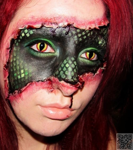 maquillaje-halloween-media-cara-antifaz-verde