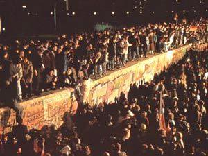 Noche previa a la ca�da del muro