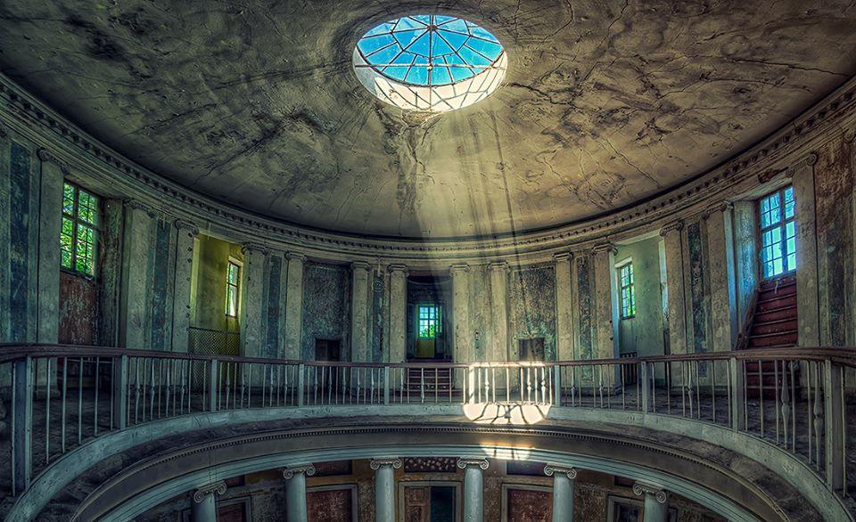 palacio abandonado 2013