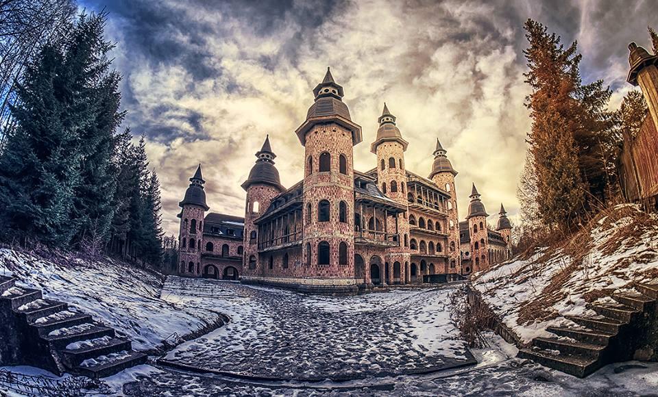 palacio-abandonado
