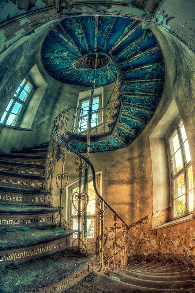 palacio_abandonado