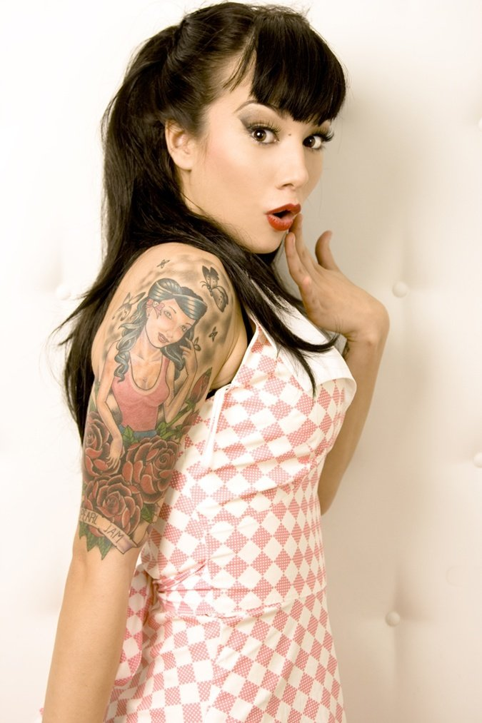 Pin By Casey Speights On Nails: Chicas Lindas Haciendo Pin-up